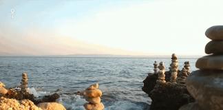 zen-stones-relaxing-naure-sounds